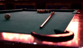 Schenectady pool table moves image 1